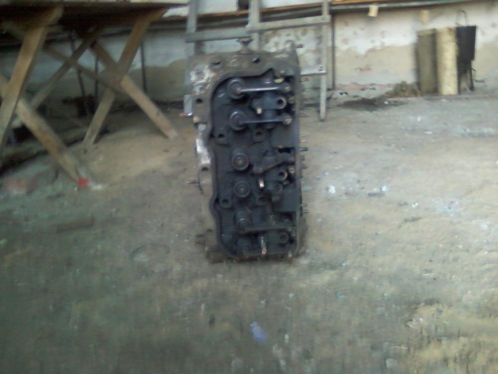 Головка блока цилиндров двигателя ЯМЗ-240.